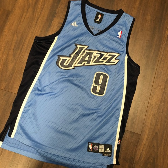 promo code 9e399 66400 Vintage NBA Utah Jazz Jersey